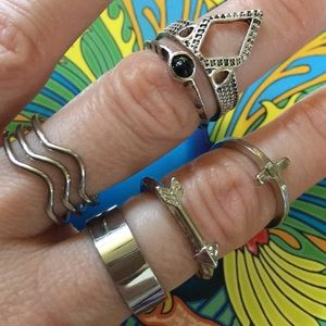 Jewelry - ->4for$25 Set of 6 Boho Silver Toned Rings - Arrow